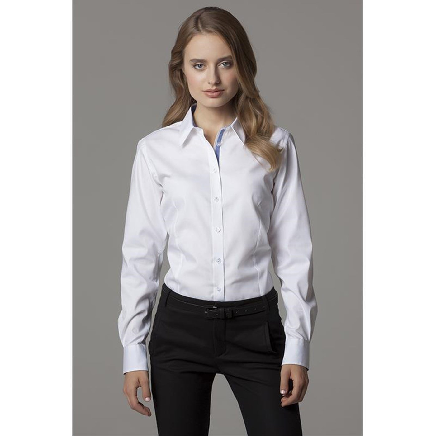 Van Heusen Oxford Shirt Blouse Long Sleeve Wrinkle Resistant Womens Size 2XL XXL See more like this Women's Shirts Dickies Oxford Short Sleeve Stretch Poplin Work Shirt FS Color Brand New · .